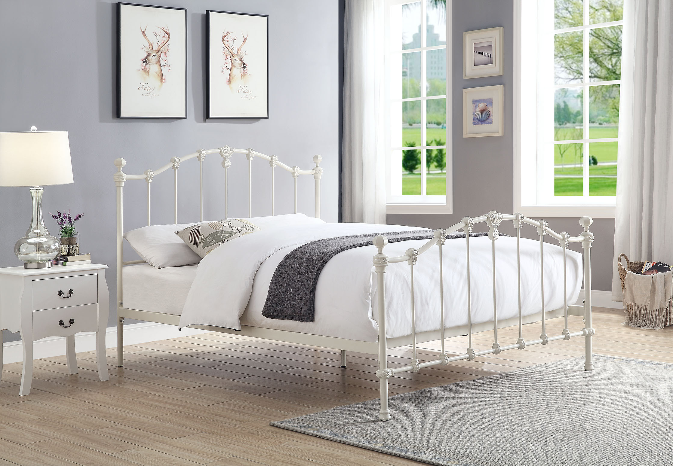 Picture of: Claremont King Size Cast And Wrought Iron Bed